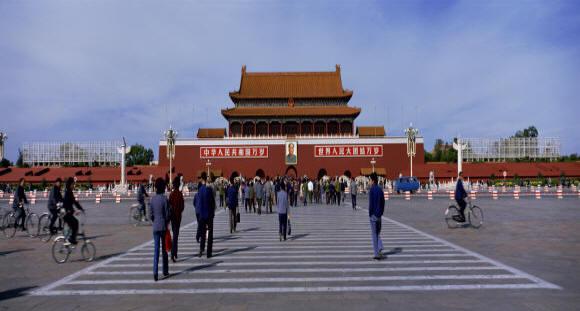 Cina: stop al visto per visitare Pechino