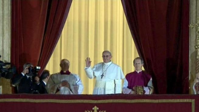 Il mondo ha un nuovo Papa, benvenuto Francesco!