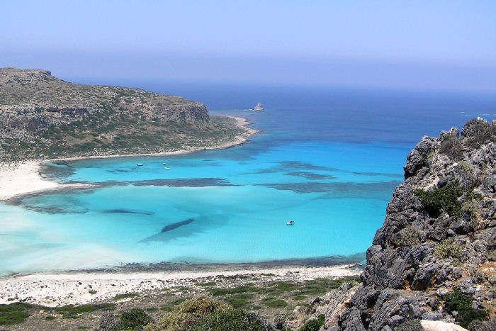 L'Emiro del Qatar compra un arcipelago di isole in Grecia!