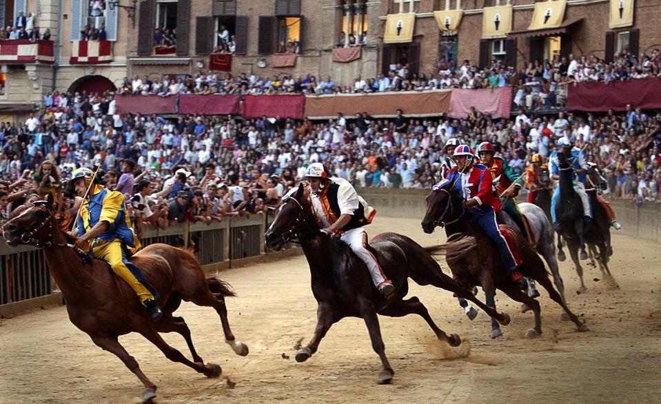 Visitare Siena nel giorno del famoso Palio