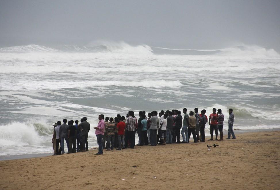 India, in arrivo il ciclone Phailin. Oltre 525mila evacuati