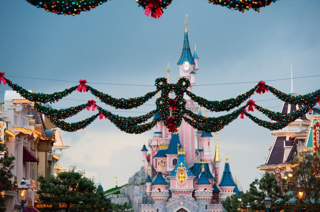 Natale a Disneyland Paris: al via la stagione magica con tante novità