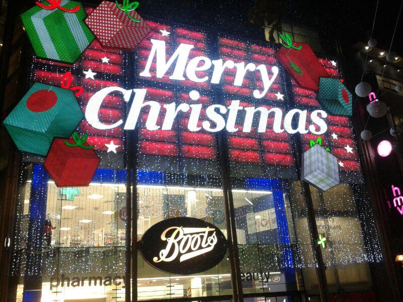 Natale a Londra: le vie dello shopping vestite a festa