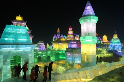 Ad Harbin per il Festival delle sculture di ghiaccio