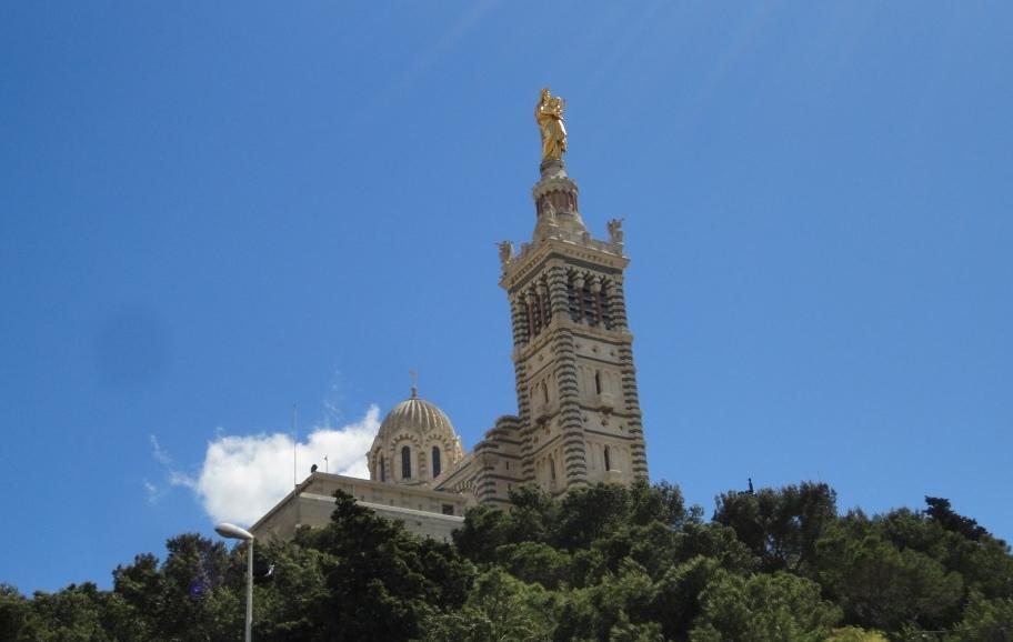 Marsiglia e la sua celebre Basilica di Notre Dame de la Garde