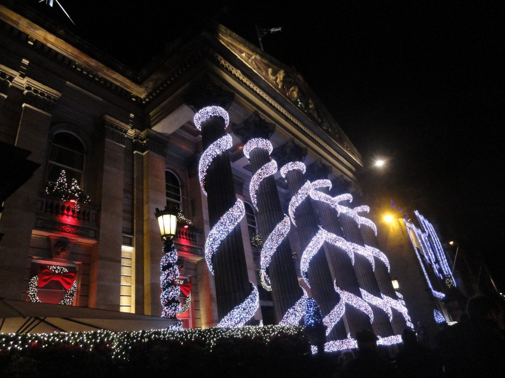 Natale in Scozia: gli addobbi natalizi di Edimburgo
