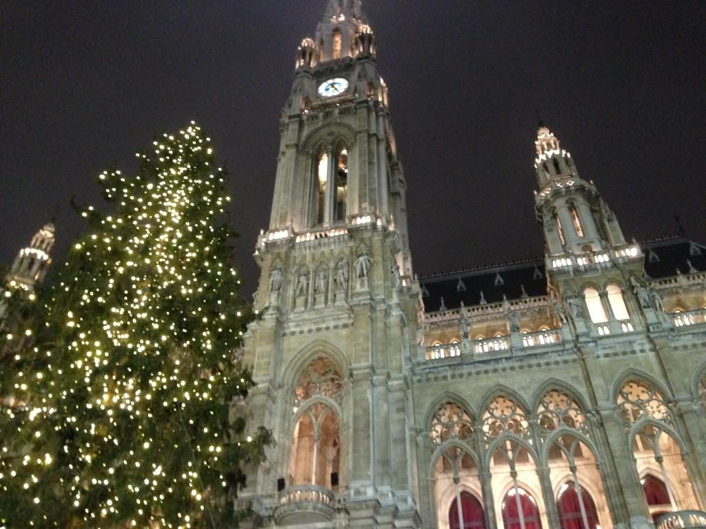 Natale in Austria: la magia dei mercatini tra Linz, Vienna e Salisburgo