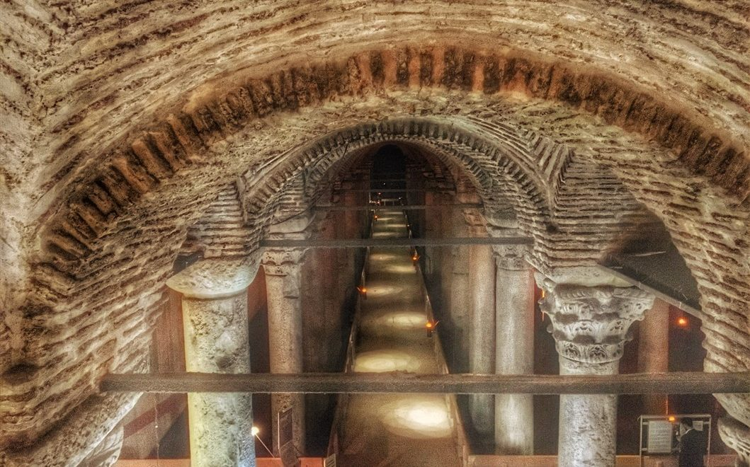 Cosa vedere a Istanbul: la Cisterna Basilica (Yerebatan Sarayi)