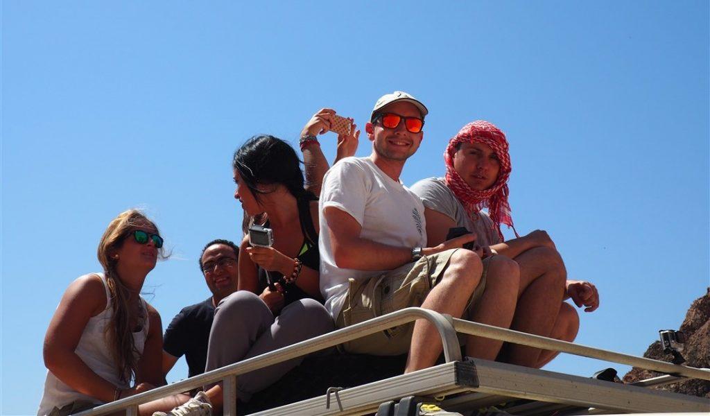 dahab-escursione-nel-deserto-fino-al-blue-hole-1