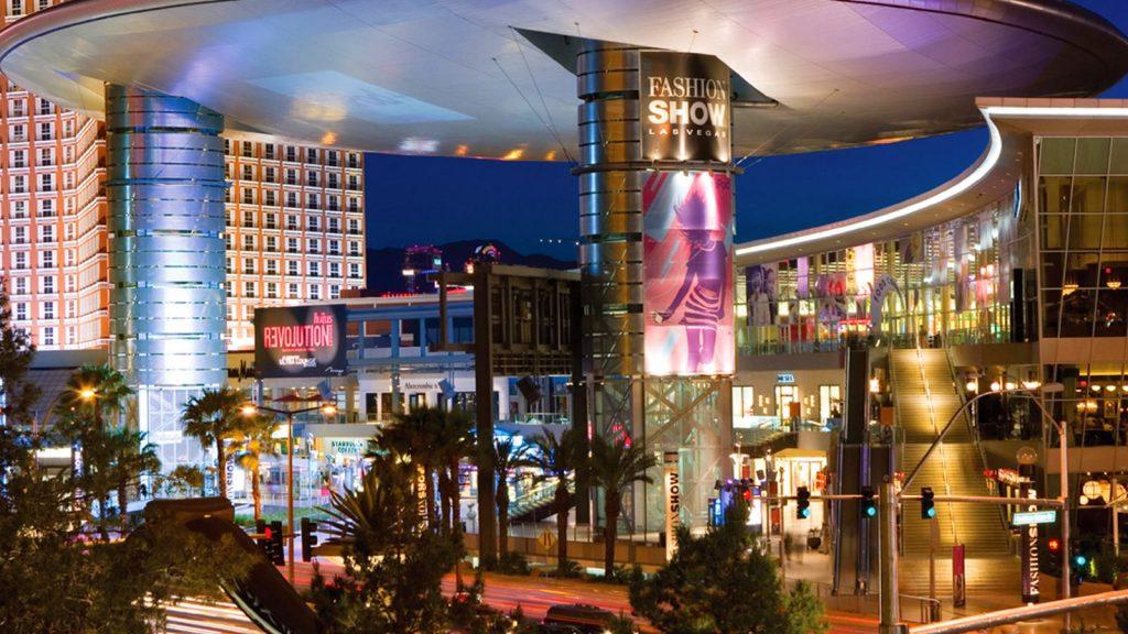 fashion-show-mall