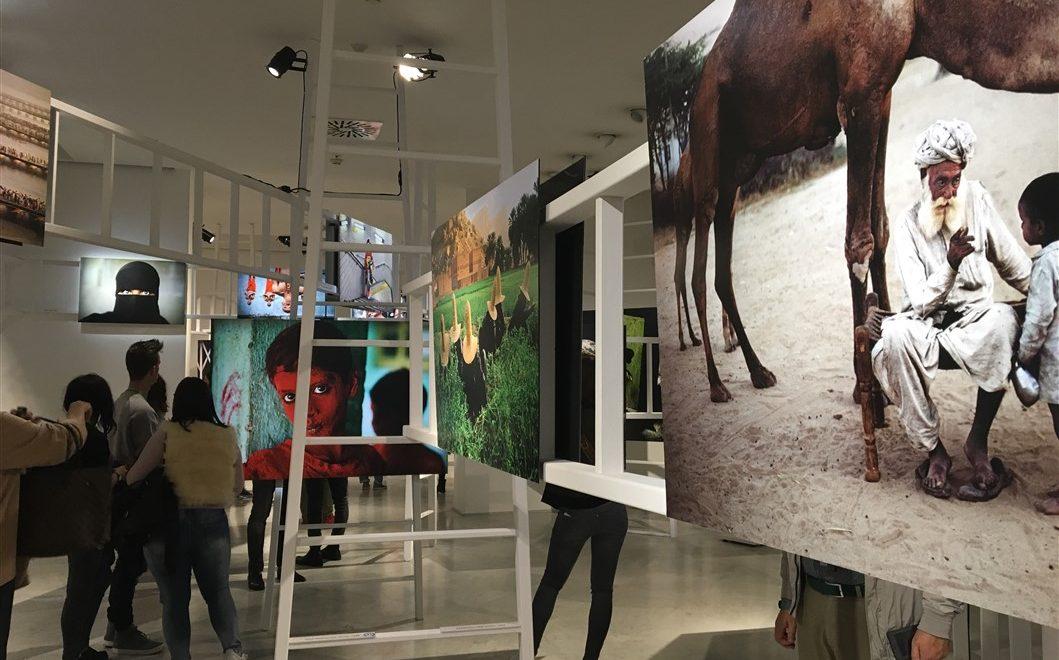Senza Confini: la mostra di Steve McCurry al Pan di Napoli