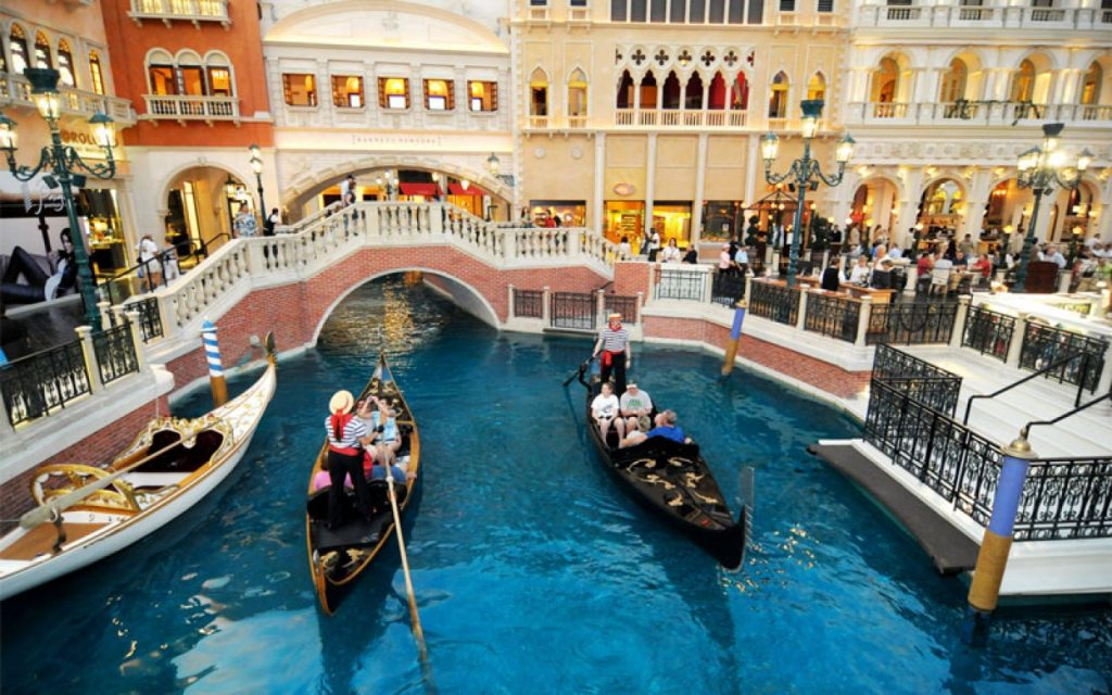 the-grand-canal-shoppes