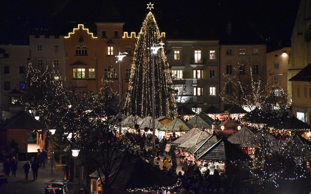 Il mercatino natalizio di Bressanone per vivere la magia del Natale