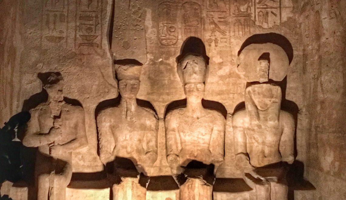 Egitto: il miracolo del sole al tempio di Abu Simbel