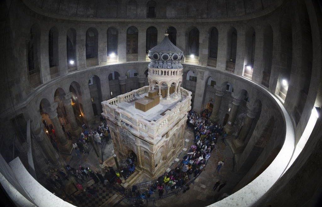 Gerusalemme: riapre l'Edicola del Santo Sepolcro