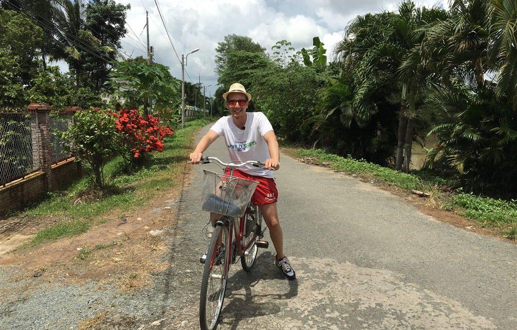 In bicicletta sul Delta del Mekong tra villaggi galleggianti ed antiche tradizioni