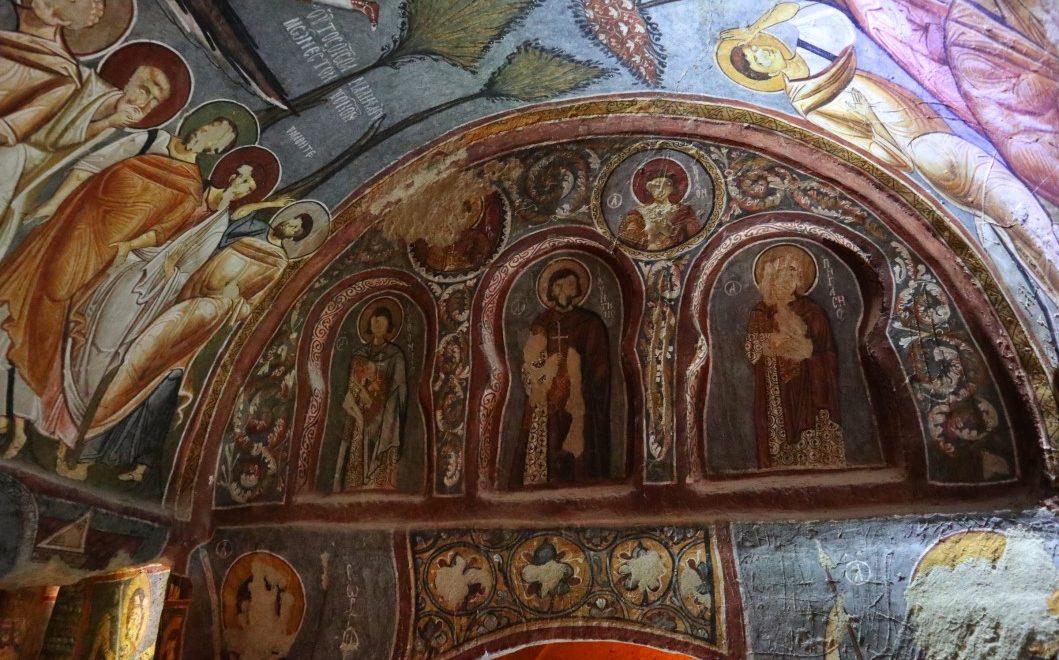 Visitare le antiche chiese rupestri nel museo a cielo aperto di Goreme