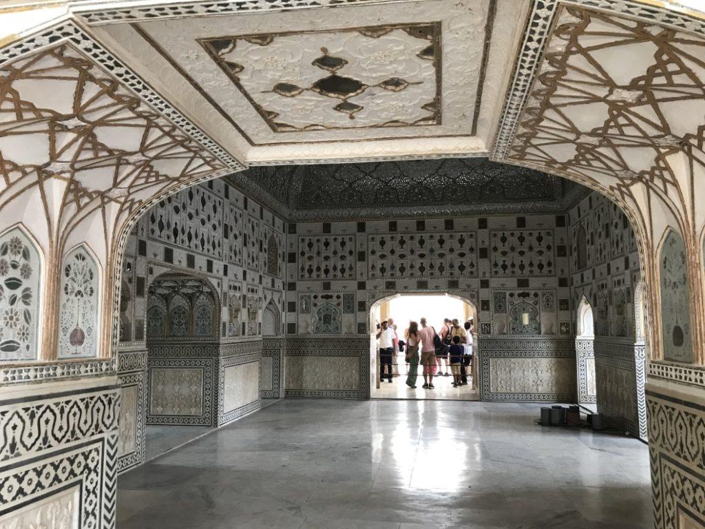 palazzo specchi amber fort