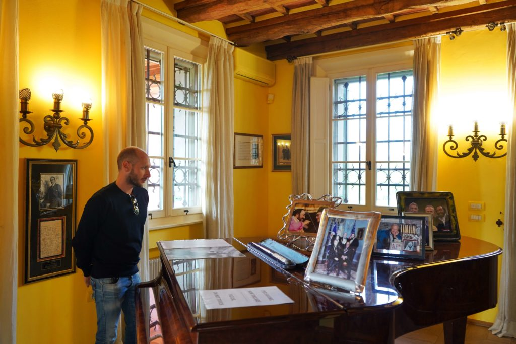 museo luciano pavarotti