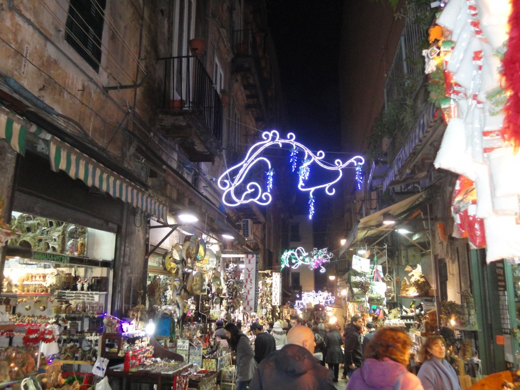 to see in naples