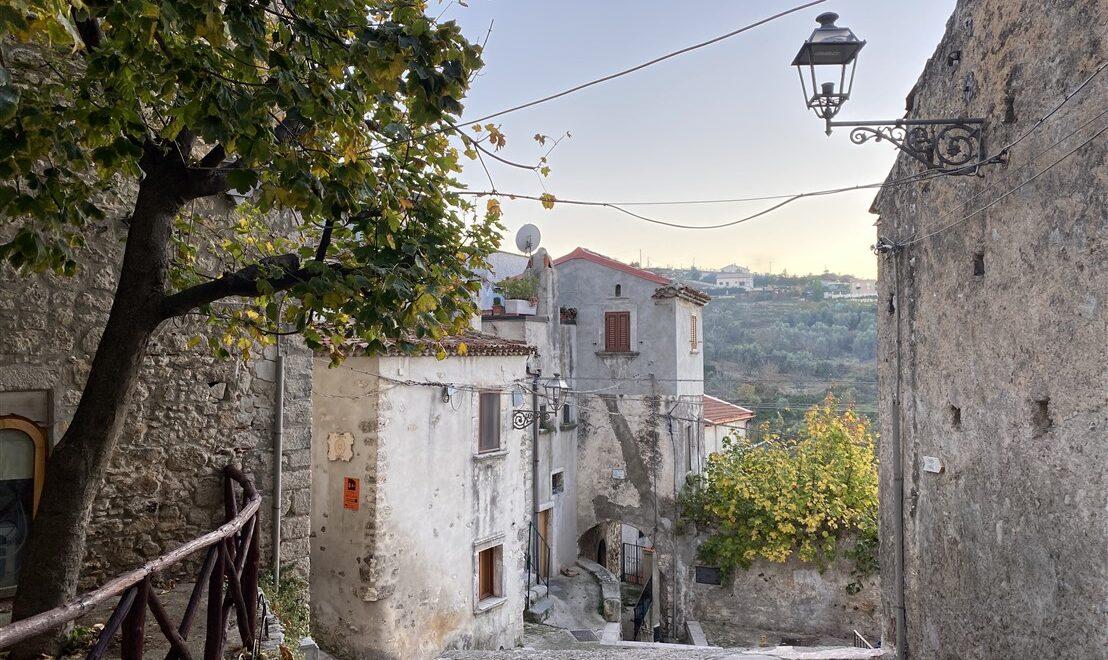 Vico del Gargano: il borgo dell'amore in Puglia