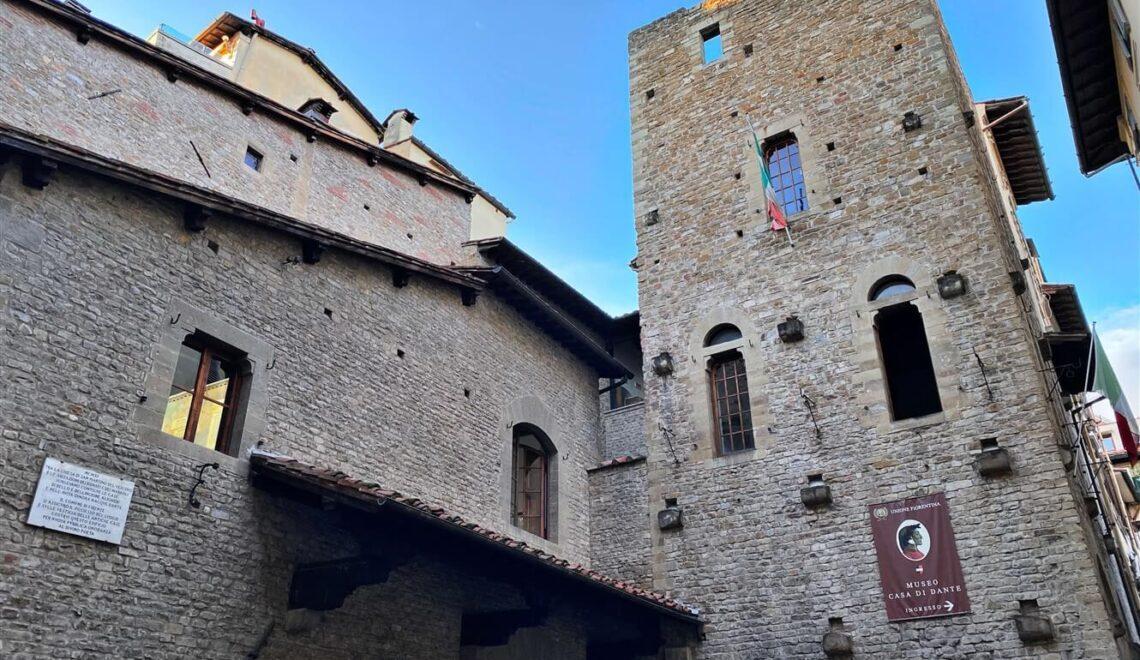 Visitare la casa di Dante Alighieri a Firenze