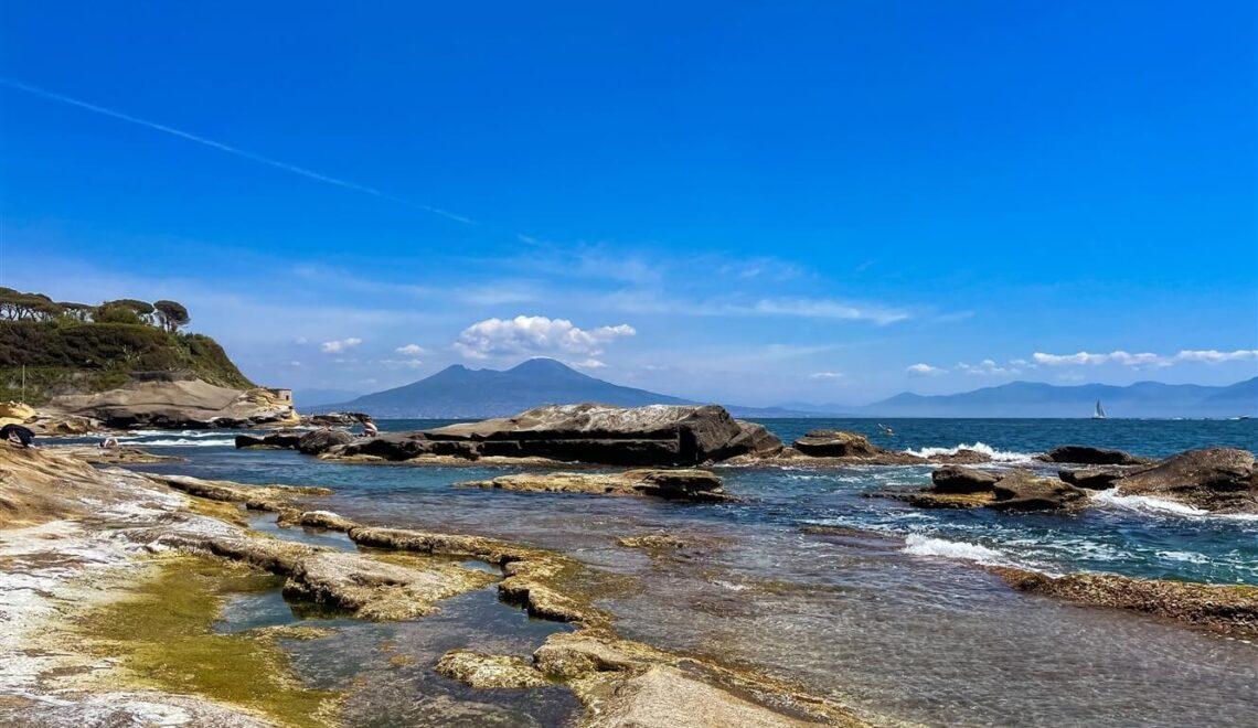In Kayak a Napoli per scoprire le bellezze della città dal mare